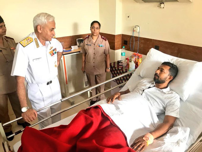 Indian Navy Chief Admiral Sunil Lanba, PVSM, AVSM, ADC visited Commander Abhilash Tommy in Tommy got injured during Golden Globe Sailing Race. He is recovering from back injuries & hoping to sail again soon. More power to Never Say Die spirit of Soldier💪Jai Hind🇮🇳 Photo