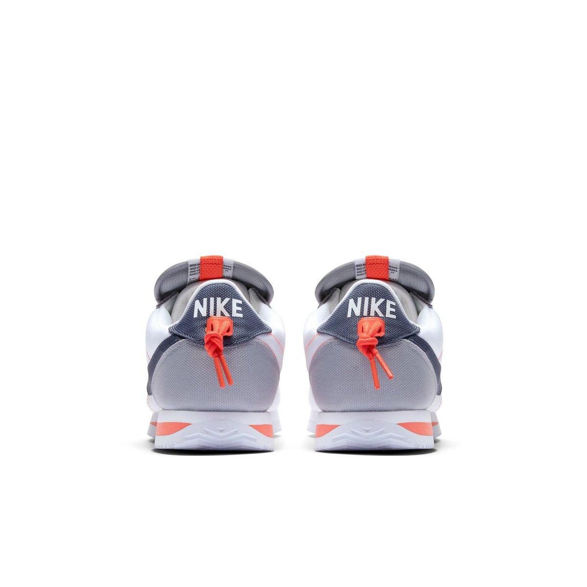 "8221440591993 The  kendricklamar x Nike Cortez Kenny IV ""House Shoe"" releases October 14pic.twitter.com 6eeuegCnMC.  9 05 AM - 11 Oct 2018"