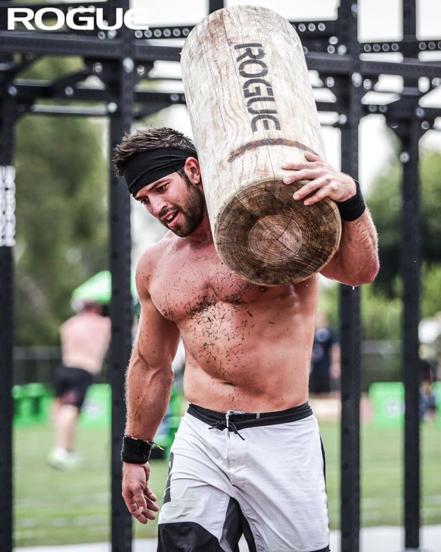 TBT to Rogue athlete  richfroning during the Burden Run at the 2013   CrossFitGames https   www.roguefitness.com athletes rich-froning  …pic.twitter.com  ... 87fb43a2d