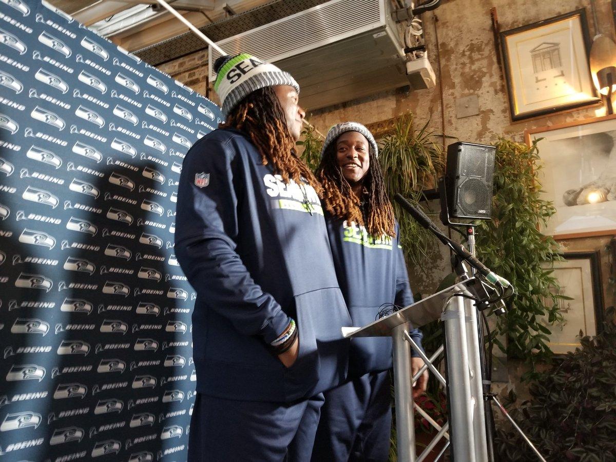 Shaquill Griffin talks about how well he slept on the fight because players were in first class. Shaquem: &quot;Rookies didn&#39;t get those seats.&quot; #Seahawks <br>http://pic.twitter.com/iBXqOwtva4