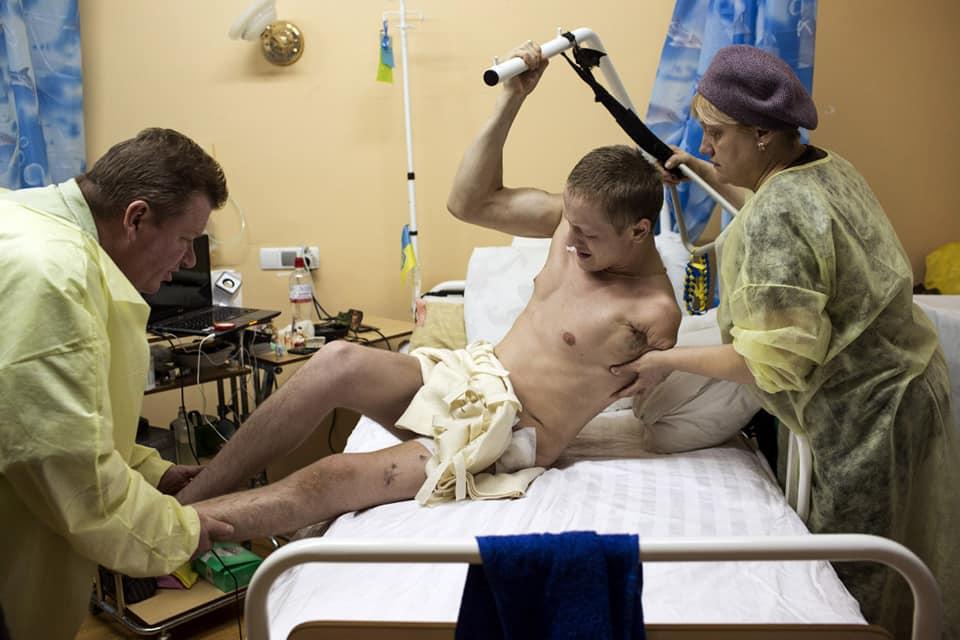 За час бойових дій на Донбасі загинуло 46 військових медиків, - Порошенко - Цензор.НЕТ 4278