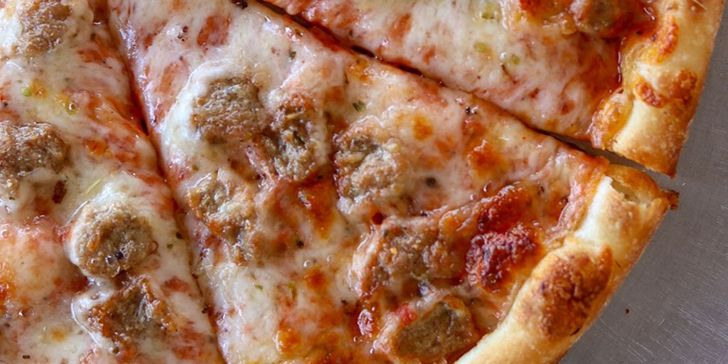 For all of you who prefer sausage over pepperoni, it&#39;s #NationalSausagePizzaDay! <br>http://pic.twitter.com/H5dBGpwQ8Z