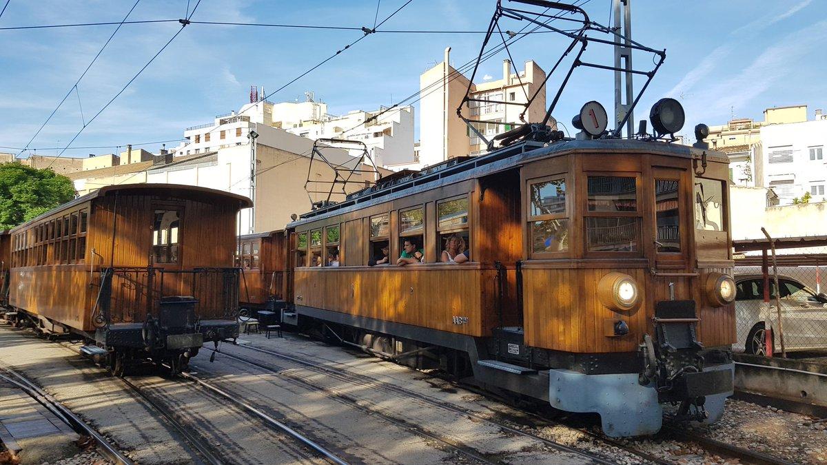 DpPyLRFXUAE88 n - Ferrocarril de Sóller