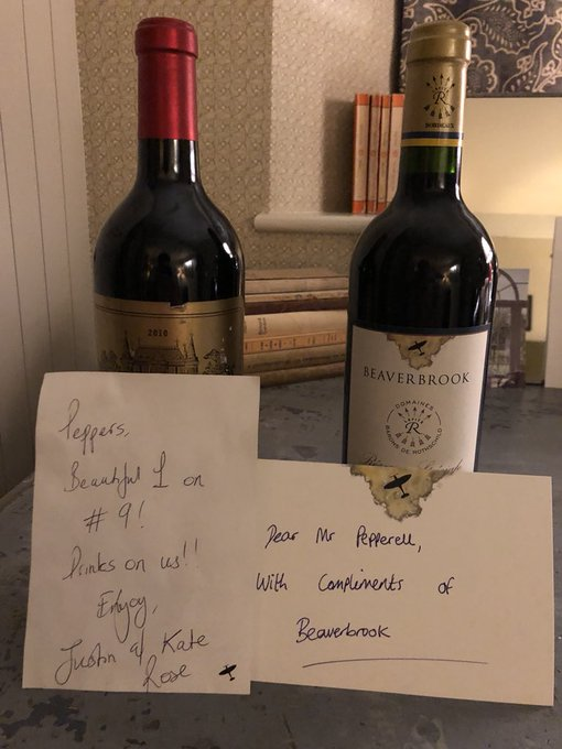 Chocolate by the locker, wine in the @JustinRose99 top man 👌🏼👌🏼. Thanks also to Beaverbrook for the nice touch. 😁🍷 #GreatHost Photo