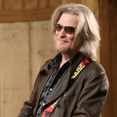 Happy Birthday  Daryl Hall. Have a Good Time with Family and Friends.