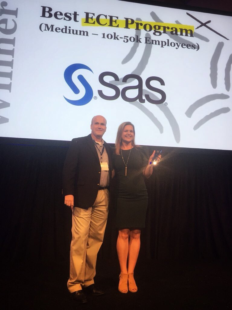What. A. Day. So very proud of @SASsoftware&#39;s 140 #employeeadvocacy program winning best ECE program at @Dynamic_Signal&#39;s #DySiSummit! Joining @robynhannah on stage to talk about the program we&#39;ve built was an amazing opportunity. An event to remember <br>http://pic.twitter.com/Qn9WYgpMO6