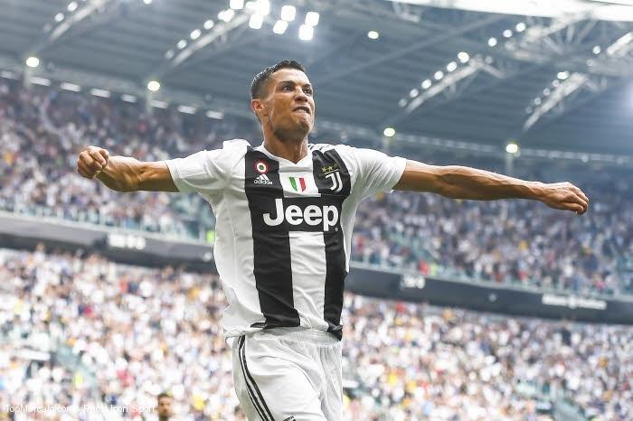 """Juventus, Bonucci : """"#Ronaldo est un garçon très humble et très serviable"""" http://dlvr.it/Qn2s8g  - FestivalFocus"""