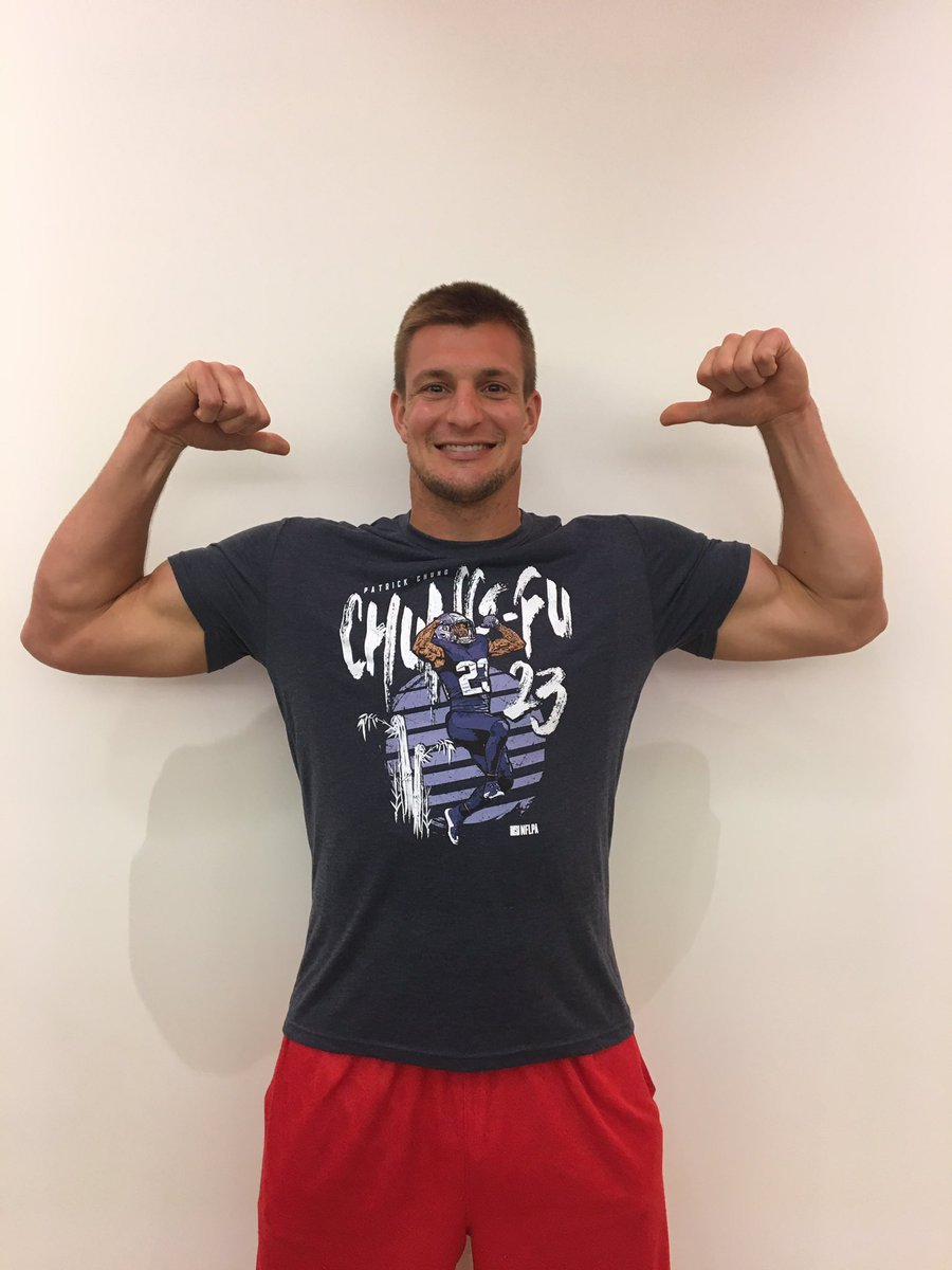 the best attitude 5d71a 64a64 Rob Gronkowski on Twitter: