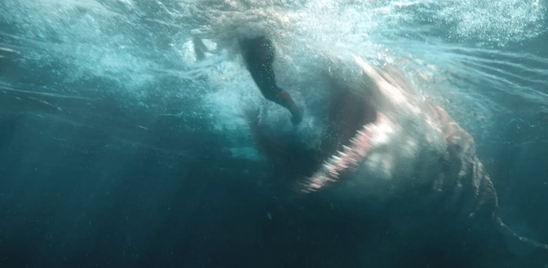 After Chomping Up Over $500 Million Worldwide, 'The Meg' Swims to Home Video in November ? <br>http://pic.twitter.com/zBb8v39g5y