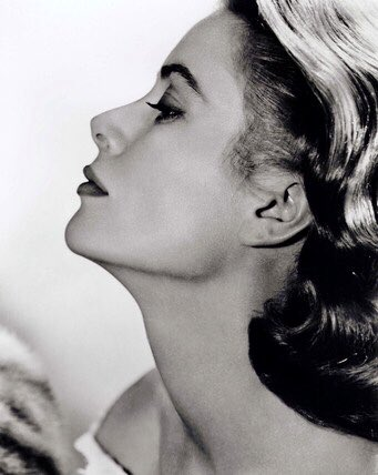 Grace Kelly.  Photo by Clarence Sinclair Bull. <br>http://pic.twitter.com/iozLzy08OR