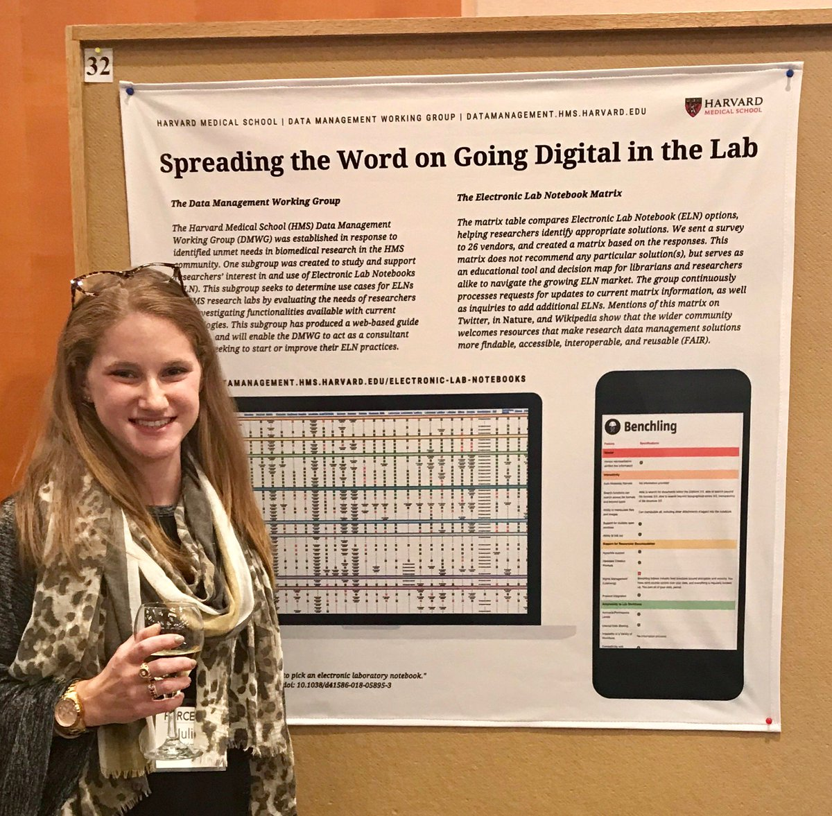 channeling my inner québécois #DayOfTheGirl @force11rescomm #FORCE2018 #thanks for everyone's feedback on the #poster & #ELNMatrix! great strong community to be a part of toward change & collaboration! l\