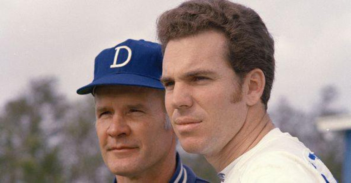 Love or hate the Cowboys, these two men brought nothing but class to the NFL.