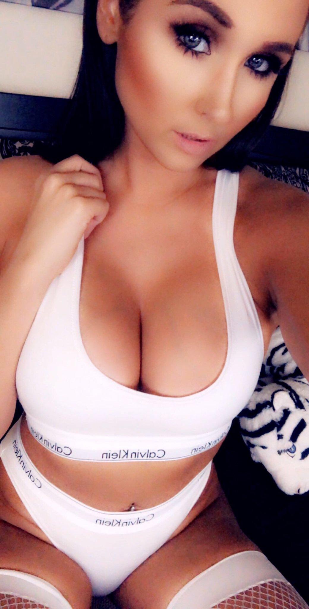 sexy cougar pics