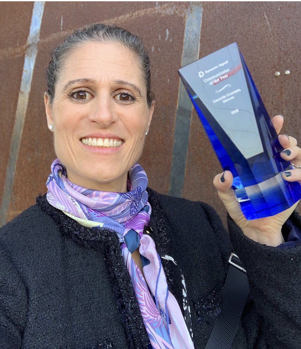 What an honor to be awarded 'Communicator of the Year' by @Dynamic_Signal today. My team, and our amazing global community of @mercer advocates, this is for you. You are all our storytellers.  #womeninbusiness #socialmedia #EmployeeAdvocacy #DySiSummit #futureofwork<br>http://pic.twitter.com/KOi4W0XLOA