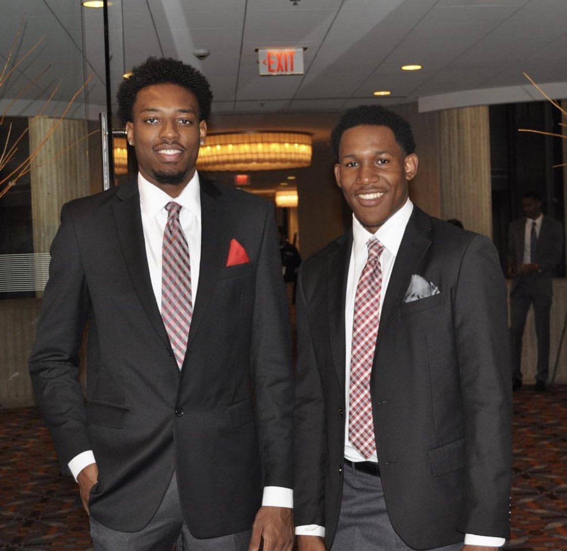 Andre Wesson and C.J. Jackson represented Ohio State Basketball well at #B1GMediaDay today. <br>http://pic.twitter.com/o60yWE3cam