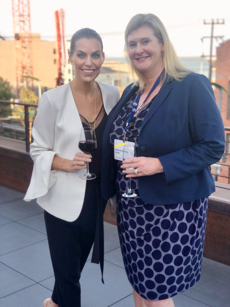 Our #SiliconValley board members, @RealHeatherG and @robynhannah talking shop about #EmployeeEngagement and #communication at @Dynamic_Signal's #DySiSummit in #SF.<br>http://pic.twitter.com/nf4xUSgVtS