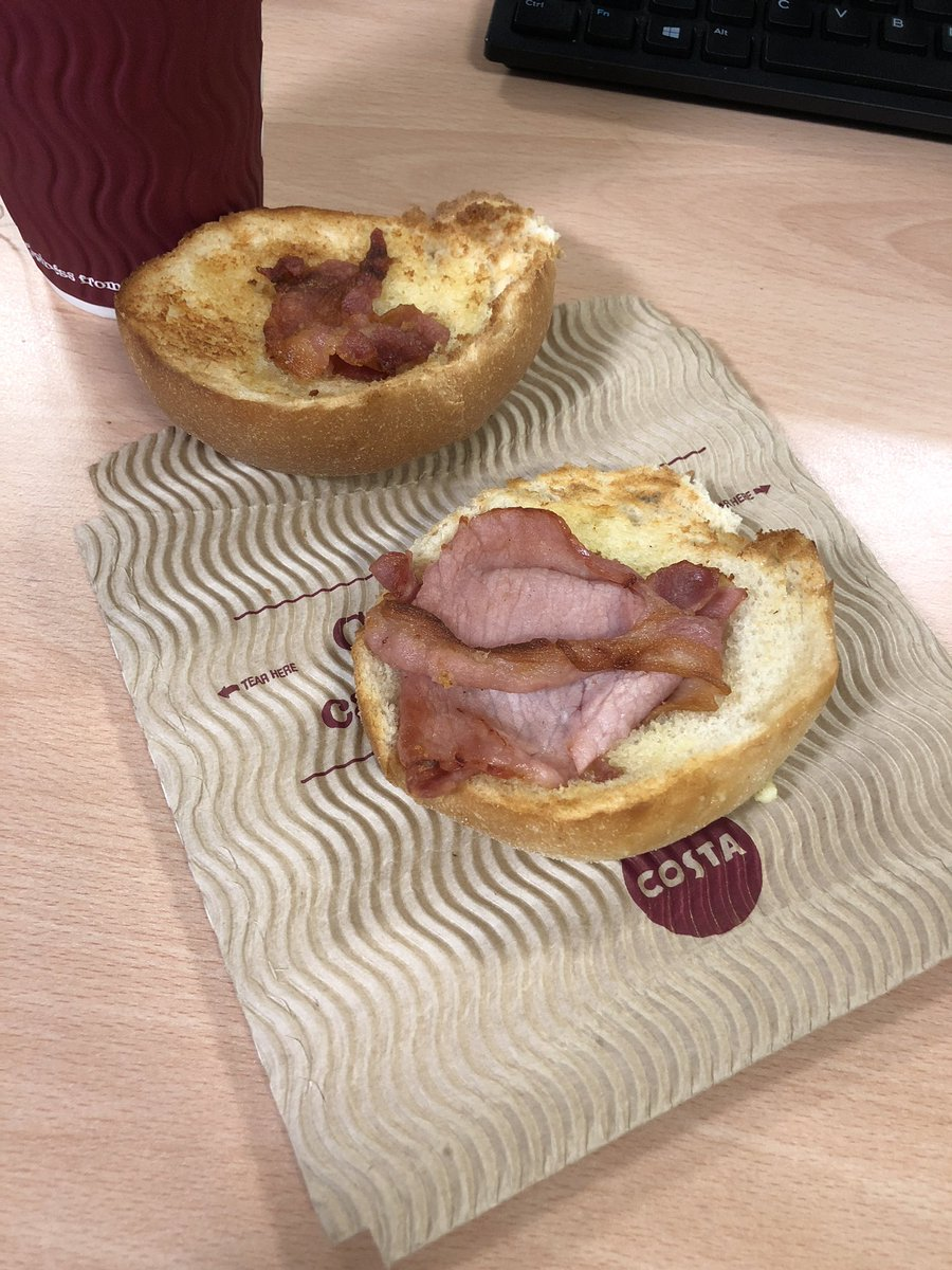 I've seen some bad bacon rolls but @CostaCoffee have hit a