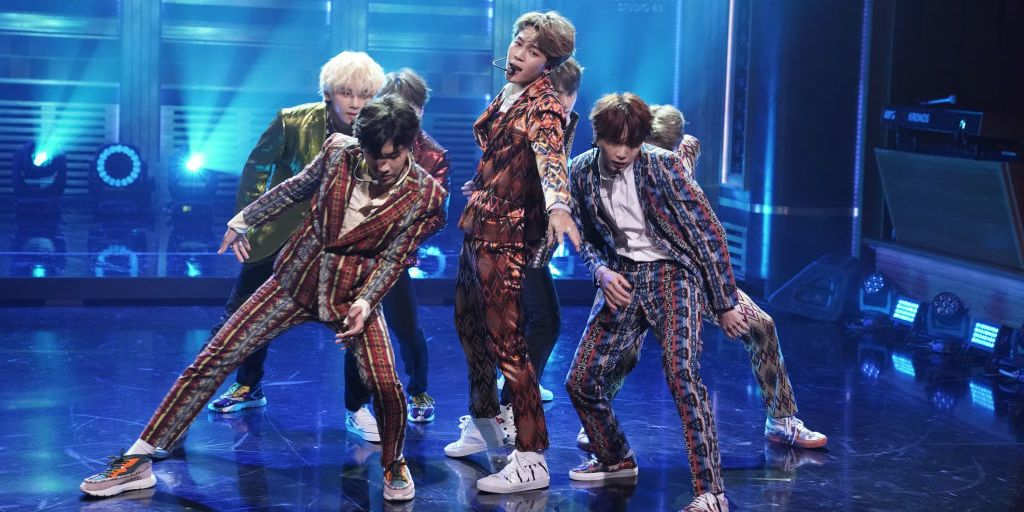 BTS star forced to drop out of Graham Norton debut:  https://t.co/xxQf9BZBbE  #BTS #JIMIN #JIMINGETWELLSOON