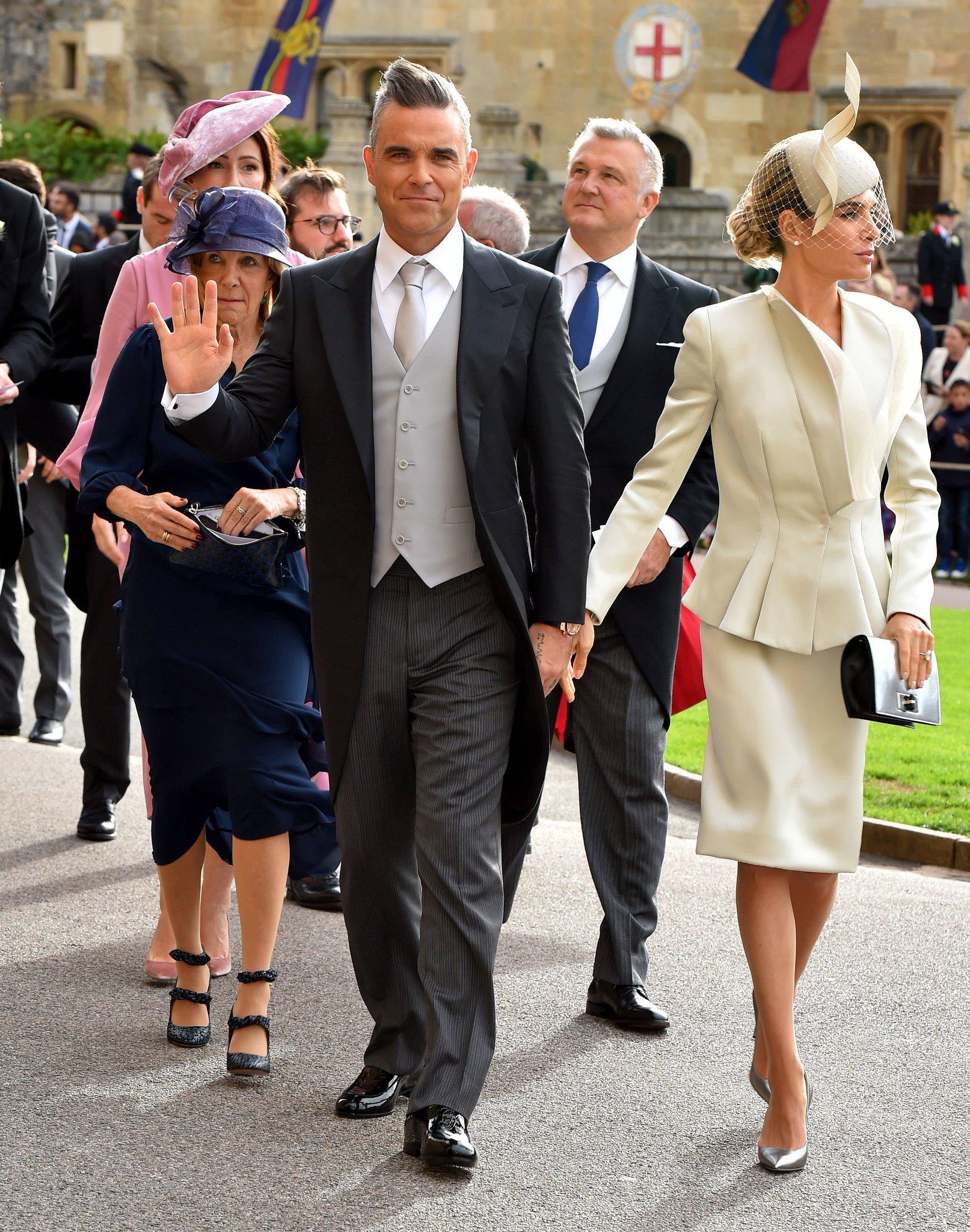 La realeza y las celebridades llegan a la segunda boda real del año #RoyalWedding https://t.co/HcZ5yekRDN https://t.co/FluUuRrA1U