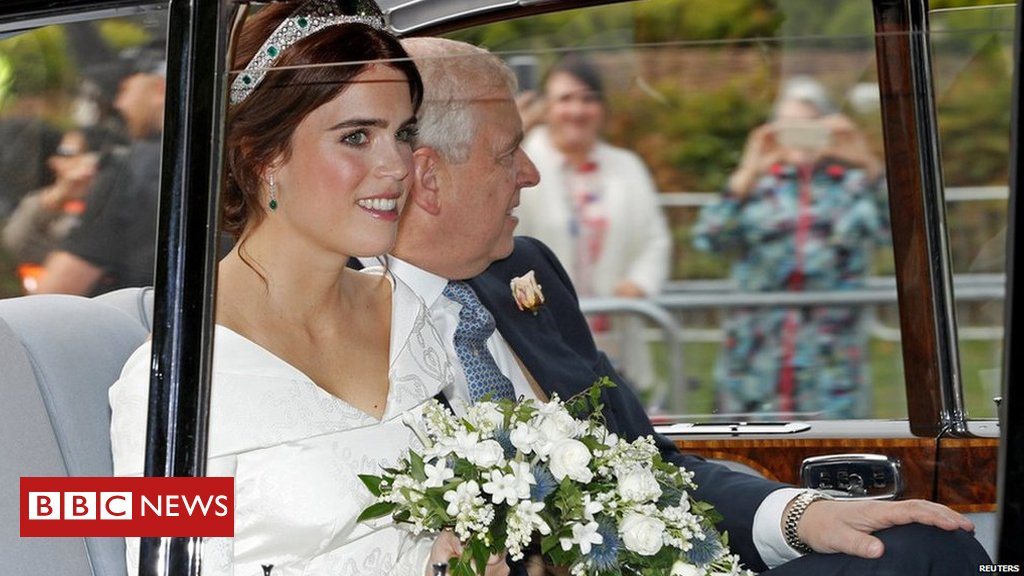 #RoyalWedding - see pictures of Princess Eugenie and Jack Brooksbank's big day  https://t.co/iSVZiu6ARv https://t.co/ZzBNsVQYUT