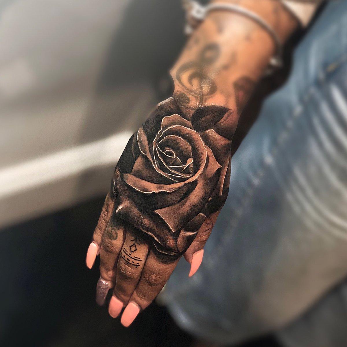 """Devinkz on Twitter: """"Rose hand banger ! #female #handtattoo…"""