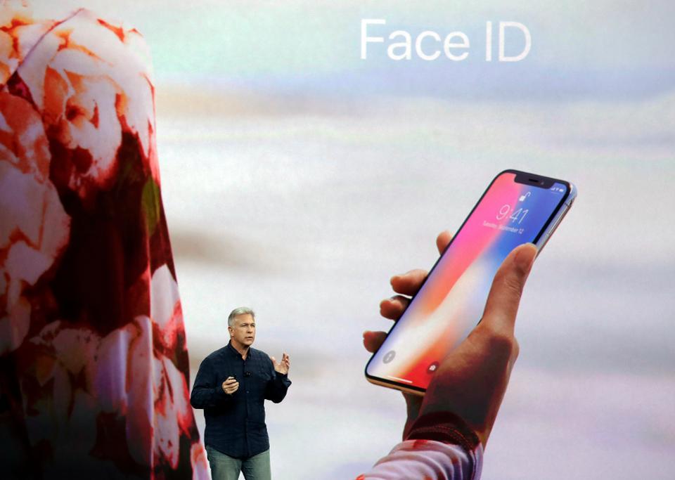 Apple's Face ID isn't secure enough for European banks https://t.co/fDXtsD09nV https://t.co/dBll6QlOyv