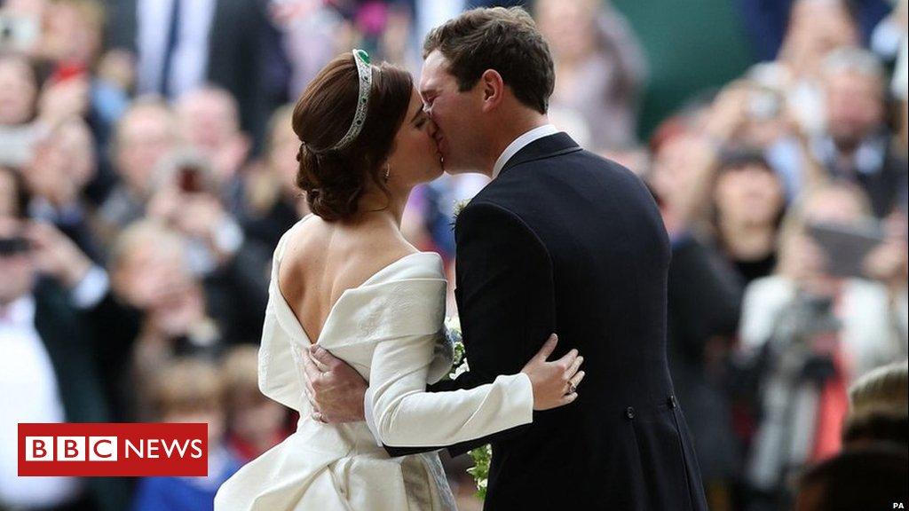 Congratulations Princess Eugenie and Jack Brooksbank  #RoyalWedding ������  https://t.co/8V2vWFJ6RP https://t.co/lH61G1Kiod