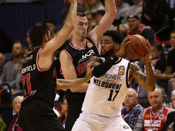 Not sure if game 3 of #NBL19 or ONE OF THE BEST GAMES IN NBL HISTORY 🤔🤔 @MelbUnitedHQ hang on in the Gong in a Quadruple OT thriller, beating the @illawarrahawks 123-122 Unbelievable. #MELatILL Photo