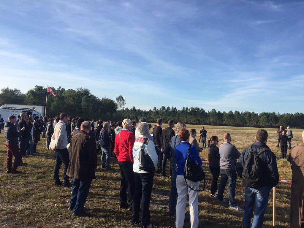 Au 🔝 pour la dernière journée de l'#UAVshow dédiée aux démonstrations en vol au centre d'essais @CesaDrones avec @Aeromapper @AirMarineFrance @ALTAMETRIS @AzurDrones @enedis