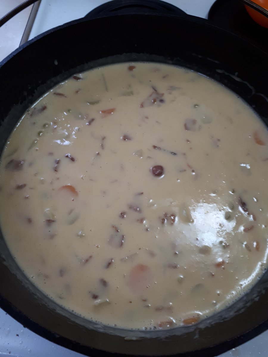@fishingwifey: Cooking up a batch of potato soup with cheddar and bacon in my big dutch oven... https://t.co/4Wy3JaG2CO