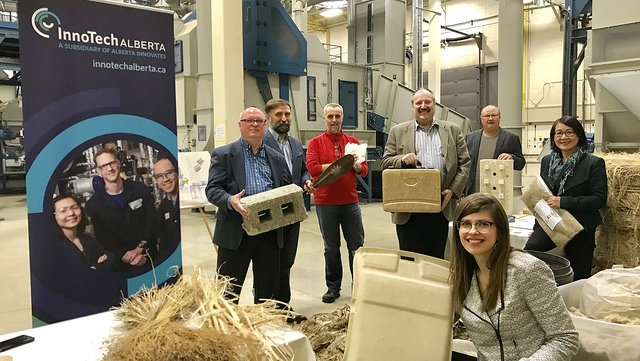 The province is funding upgrades to a one-of-a-kind #fibre-processing plant in #Vegreville to create opportunities for #diversification & #jobs in primary & value-added #agriculture sectors https://www.alberta.ca/release.cfm?xID=60796EFF47C4C-C34A-9BEA-A6FCB43C7CEDBA2A…  MLA #JessicaLittlewood of Fort Saskatchewan-Vegreville