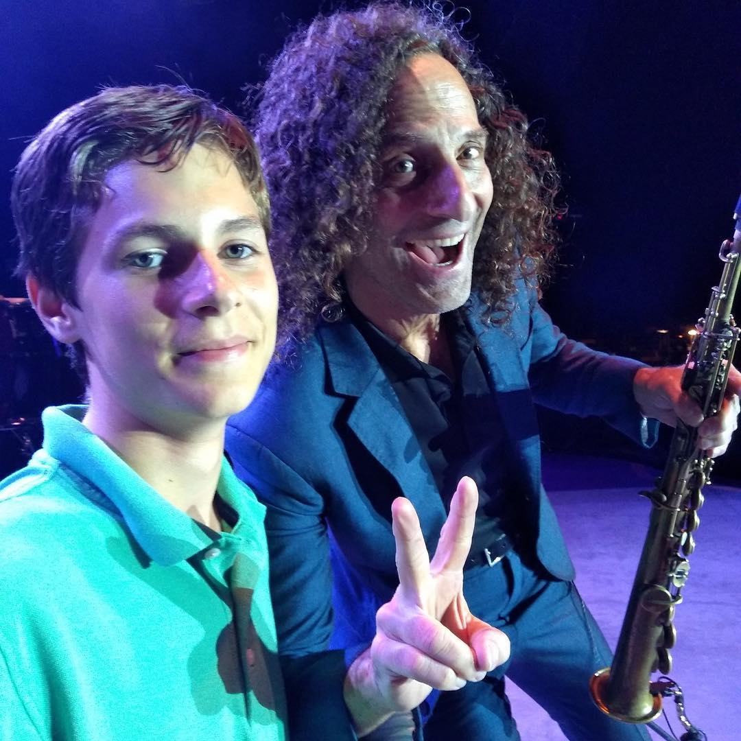 If you're looking to win the coveted sax selfie make sure to enter the raffle at my merch table before every show!