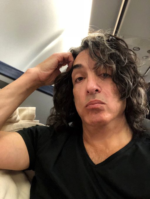 Me tired?!?! NO WAY! Maybe a little. EVERYONE loves getting up at 5am! Wentworth Gallery shows tonight in Pennsylvania, King Of Prussia Mall and tomorrow night Atlantic City Hard Rock. See you there! Photo