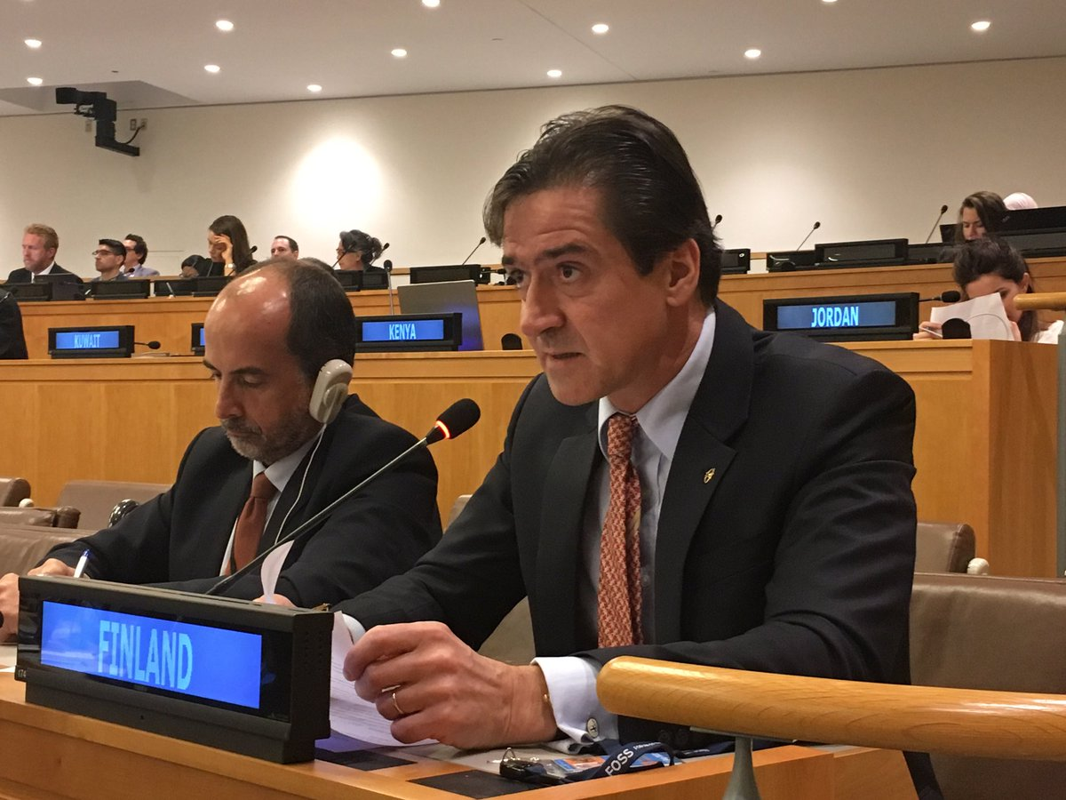 Joint statement on behalf of the #Nordic and #Baltic countries 🇩🇰🇪🇪🇫🇮🇮🇸🇱🇻🇱🇹🇳🇴🇸🇪 during #UNGA73 #ThirdCommittee: #Finland's Ambassador  highlighting the need to allow  peoples#indigenous to participate in all  bodies #UNon issues affecting them.   #NB8 #WeAreIndigenous