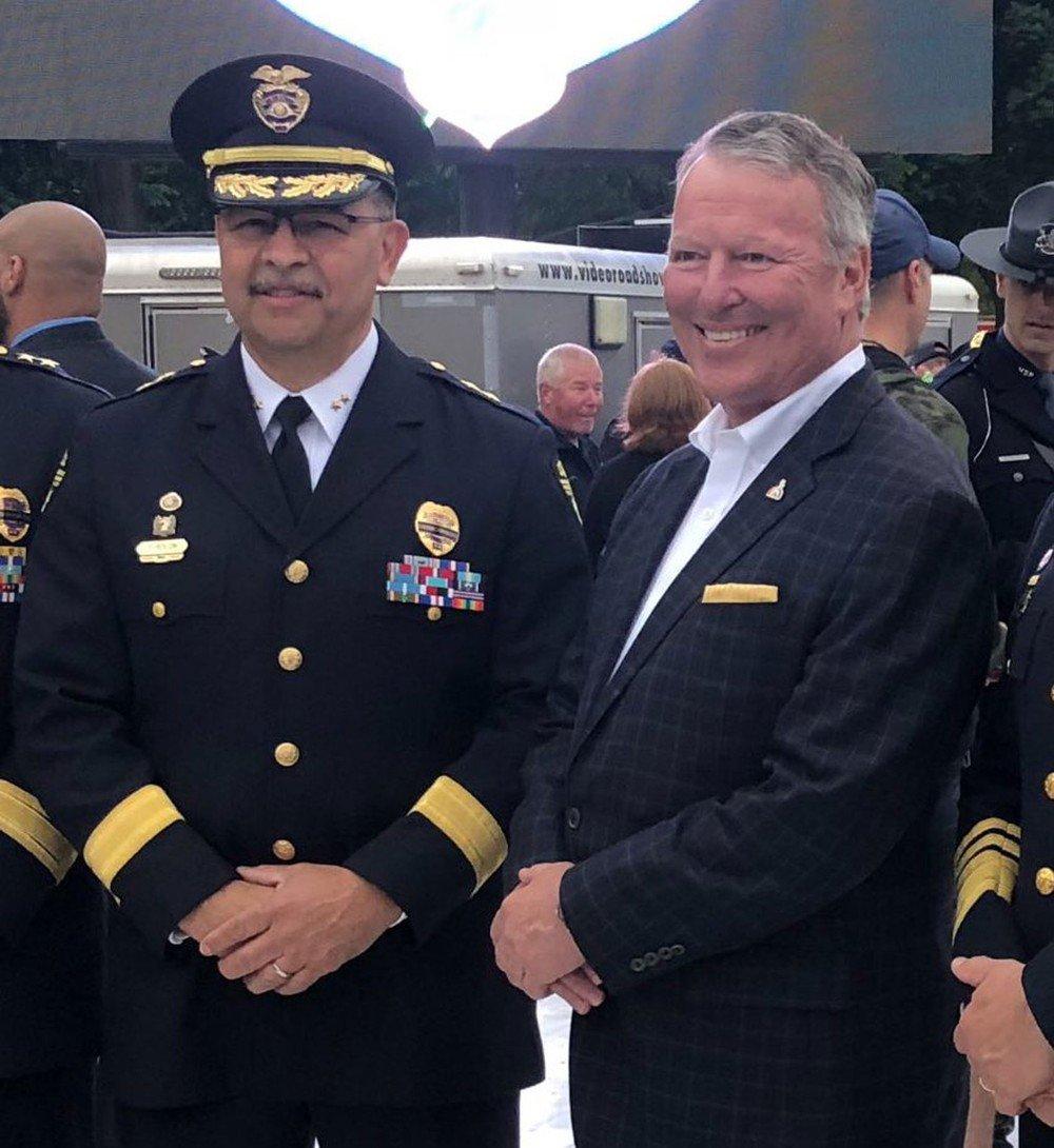 Cidade americana de Orlando tem chefe de polícia chamado Orlando https://t.co/WtRK7XBExC #PlanetaBizarro #G1