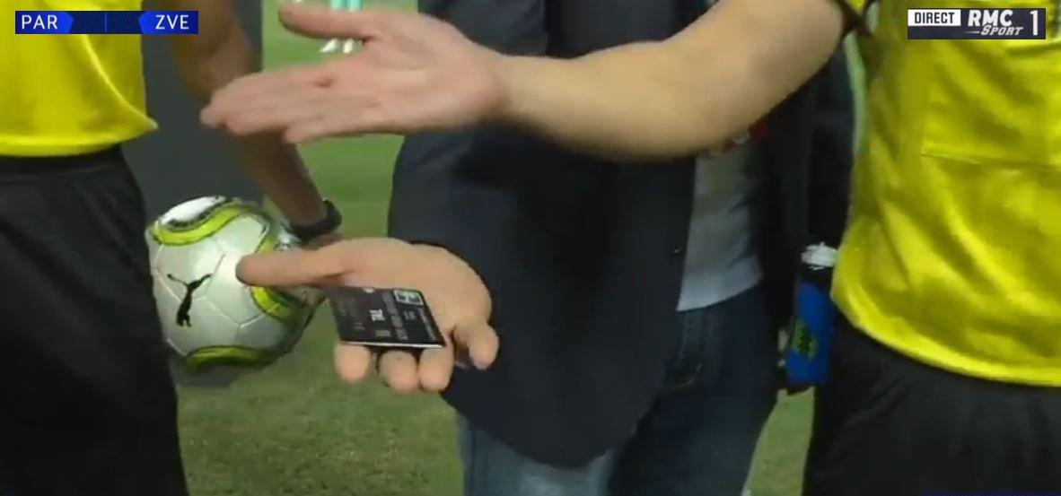 - Monsieur Thiago Silva, pile ou face ? <br>http://pic.twitter.com/MePL265pDr