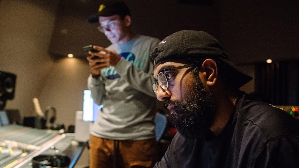 Why @Logic301's Producer 6ix Sacrifices Publishing Splits in Order to Sample → djbooth.it/pubsampls