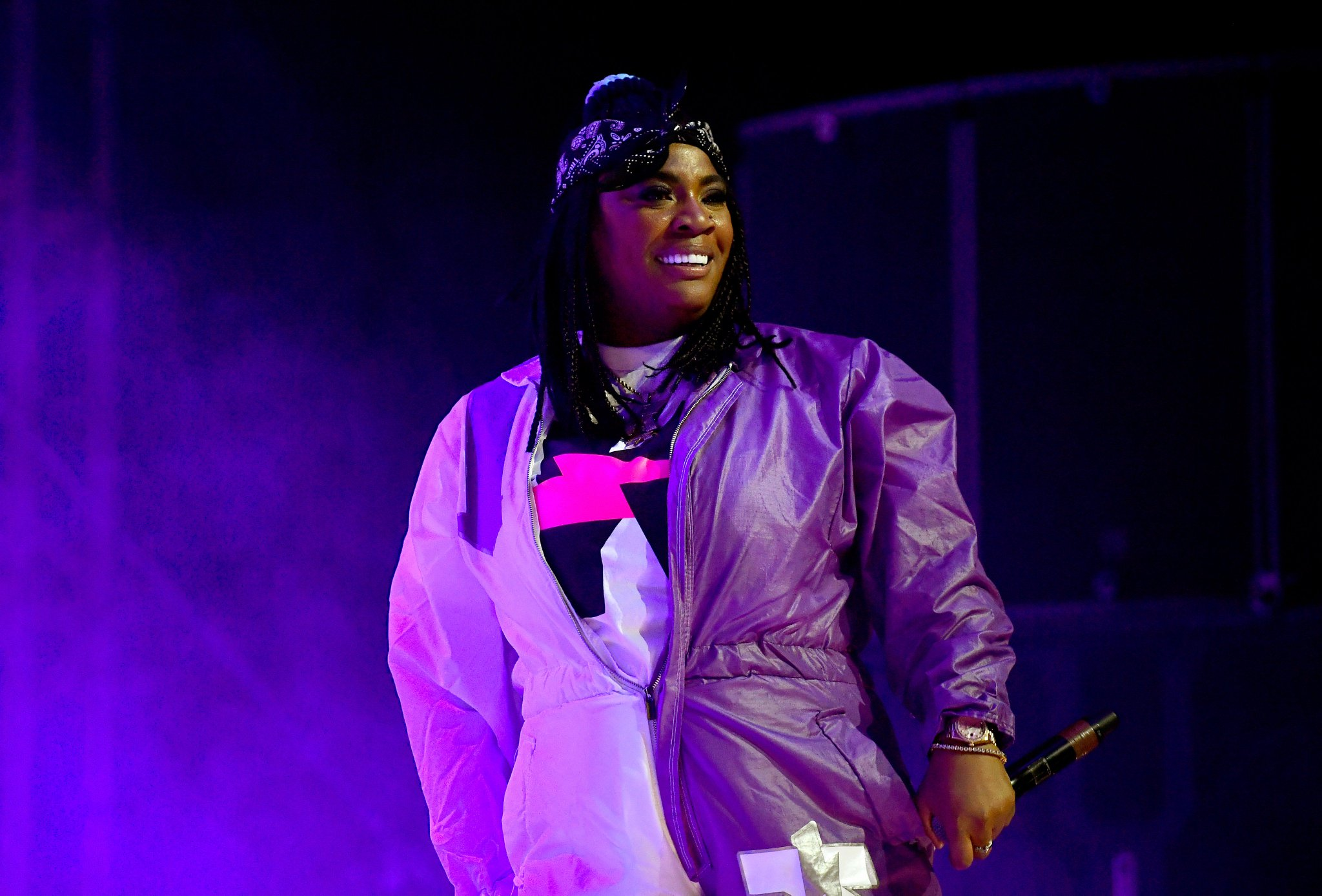 ".@kamaiyah shares ""All I Know"" featuring @trvisXX https://t.co/ynRNTlVcu6 https://t.co/nHKEoaxQ4w"