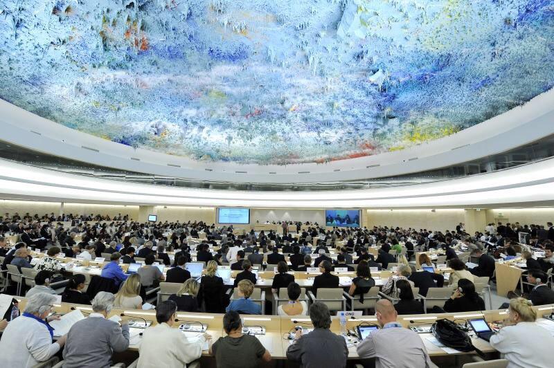 #UNGA has elected 18 countries to Human Rights Council: Burkina Faso, Cameroon, Eritrea, Togo, Somalia, Bahrain, Bangladesh, Fiji, India, Philippines, Bulgaria, Czech Republic, Argentina, Bahamas, Uruguay, Austria, Denmark, Italy:  https:// bit.ly/2sWf2fl  &nbsp;   #StandUp4HumanRights<br>http://pic.twitter.com/3JudLyZ8LR