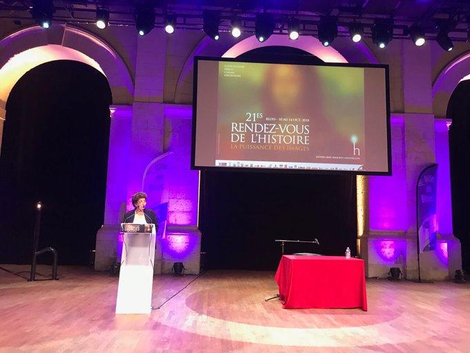 [#RVH2018] Avant la conférence inaugurale de Michel Pastoureau, les @rdvhistoire accueillent @VidalFrederique, Ministre de l'Enseignement Supérieur et de la Recherche. Photo