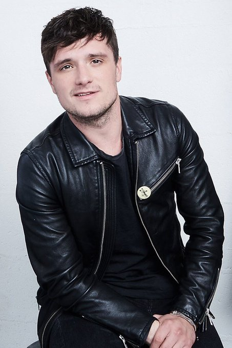 Happy birthday to one of my favorite boys ever, the sweet, funny and amazing Josh Hutcherson