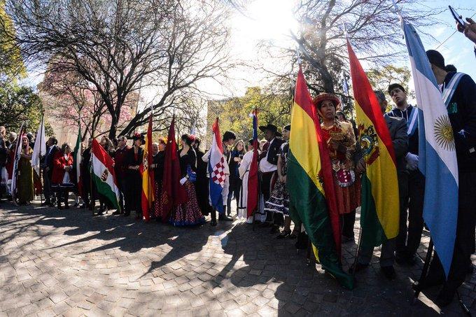 La #DiversidadCultural tiene que ver con los valores que nos unen; con aquello que hace que nuestra querida Córdoba sea la Capital Social. 👉 El encuentro es lo más importante. Foto
