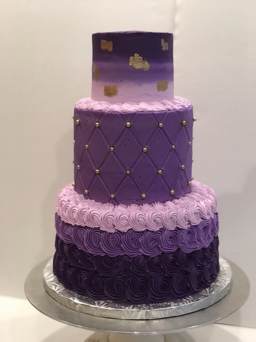 Amazing Minis By Maria On Twitter We Loved This 3 Tier Birthday Cake In Funny Birthday Cards Online Overcheapnameinfo