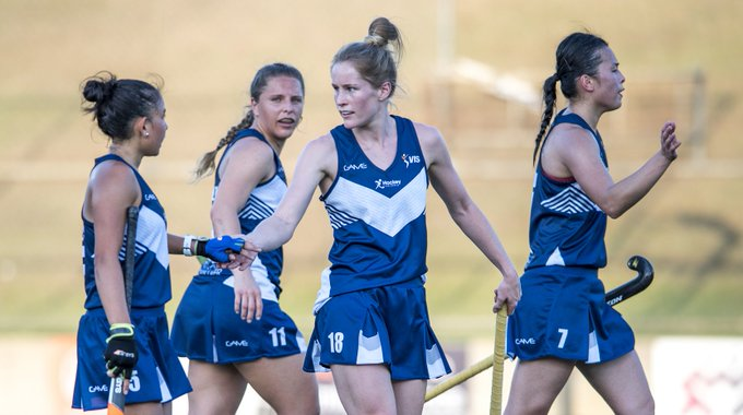 """The #AHL returns to Melbourne for the 1st time since 2013. """"Hopefully it is a big crowd & we can put on a show. Will you be there? #AHL2018 Story > @HockeyVictoria Photo"""