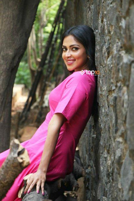 Ever beautiful @Amala_ams has arrived for the #RatsasanSuccessMeet ! Photo