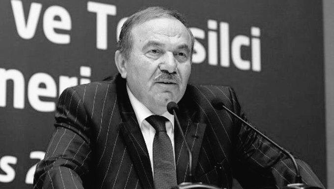 Amerika ajanı papaz gitti ama Türk ajanı papaz hala görevinin başı gitmesi gereken papaz bu #SürenDolduNamoğlu #DefolGitNamoğlu Photo