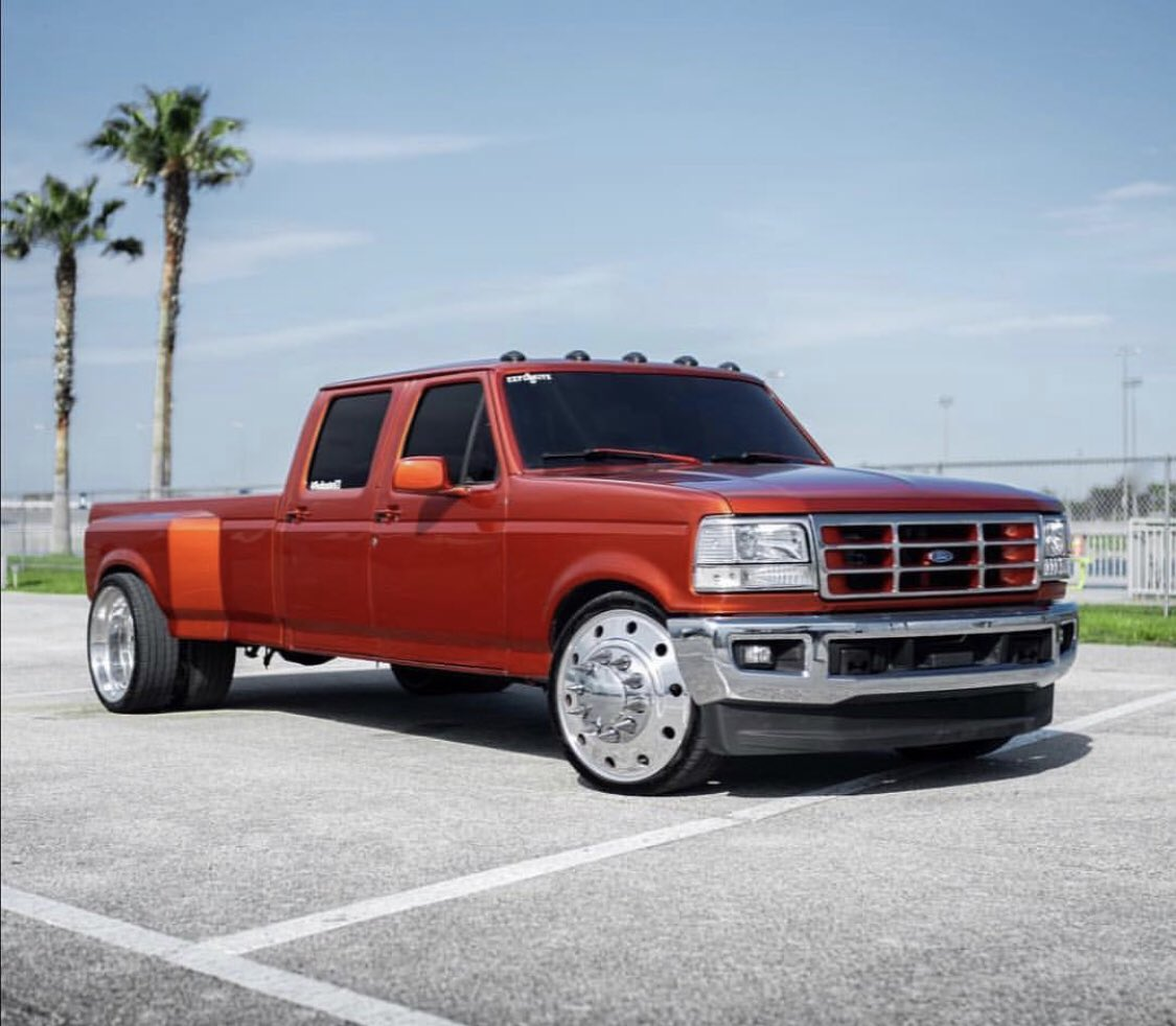 Royal Trucking On Twitter Plusrooster821 S Lowered Dually Thoughts Dually Bagged Lowered Trucks Truck Loweredtruck Loweredtrucks Baggedyrucks Liftedtrucks Polished Love What Slammedtruck Sema Sematruck 24x14 24x12 26x16 20x12