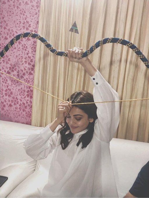 Truth is the best arrow and courage the finest bow! @MsKajalAggarwal #KajalAggarwal #SaturdayThoughts Photo