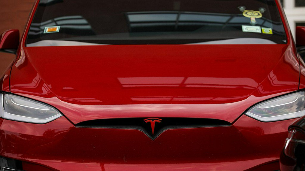 Tesla Order New Car By Monday To Get 7500 Tax Credit