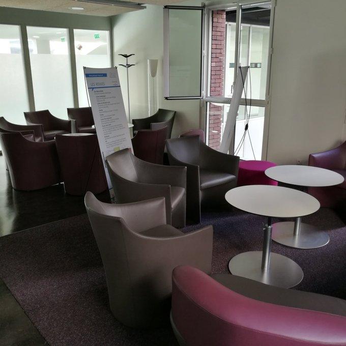 Le grand jour ! Les @PressesInalco sont présentes sur deux événements : Salon du livre #RVH2018 de Blois et café littéraire #inalculturelle à @Inalco_officiel Nous vous attendons ! Photo